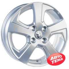 Купить Легковой диск REPLICA GT 52253 Silver R14 W5 PCD4x100 ET40 DIA60.1